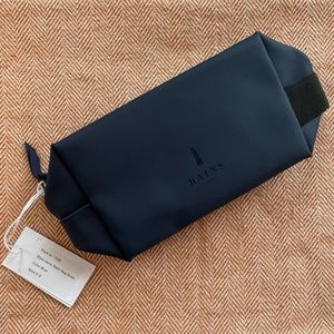 Rains Waterproof Men's Toiletry Bag NWT